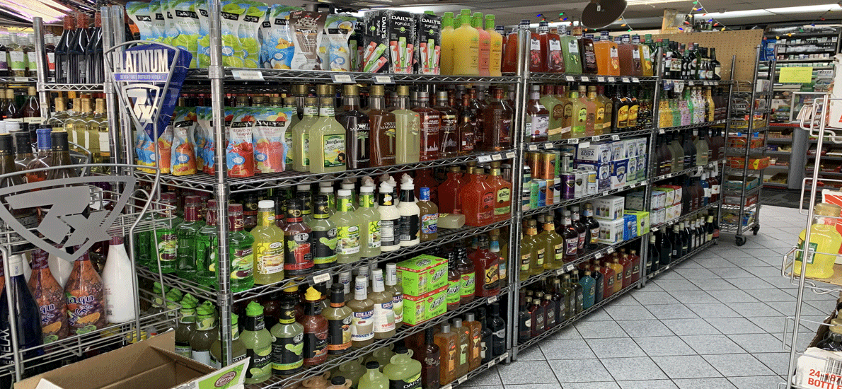 Pinewood Party Store-473077-5