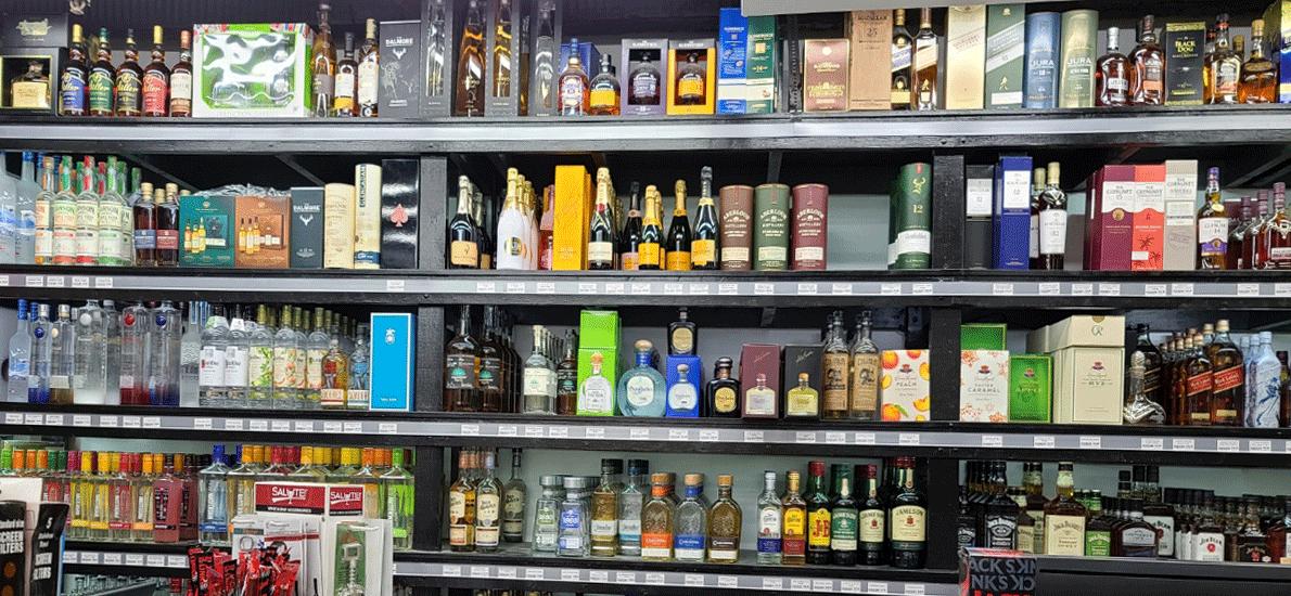 Burnham Grocers & Liquors-752922-3